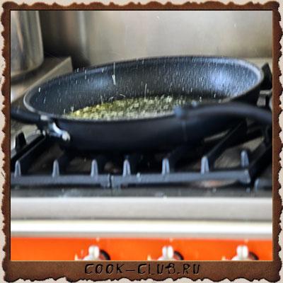 Рецепт приготовления ЛЯГУШАЧЬИ ЛАПКИ (grenouille) ПО РЕЦЕПТУ ФРАНЦУЗСКОГО ШЕФ-ПОВАРА Pascal Barthelet - шаг № 4